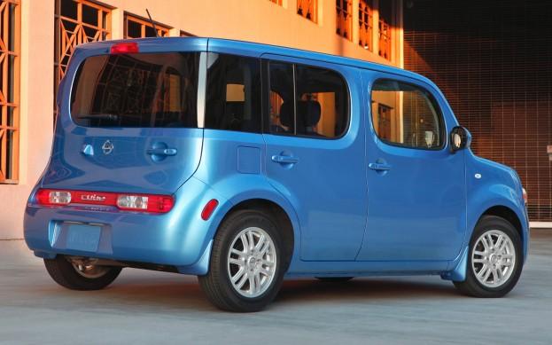 2013 Nissan Cube 2