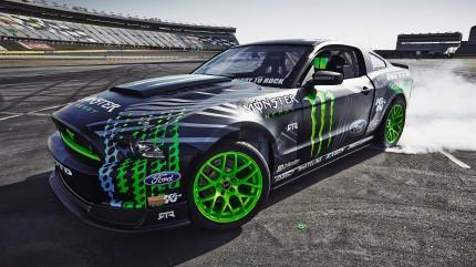 monster energy drift car driver 3