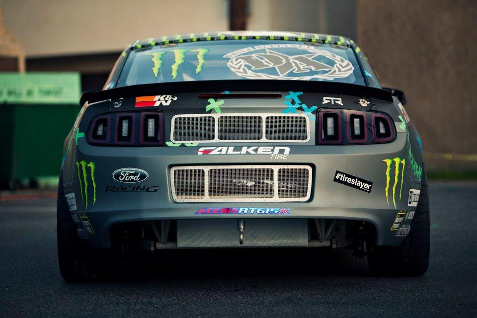monster energy drift car driver 1