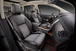 2013-Ford-Edge-front-seats