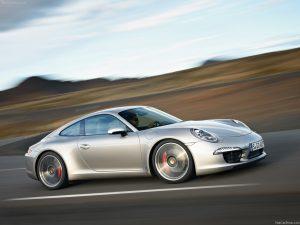 2013-Porsche-911-Carrera-S-4 profile