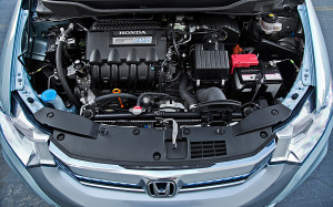 2013-Honda-Insight-Hybrid-engine