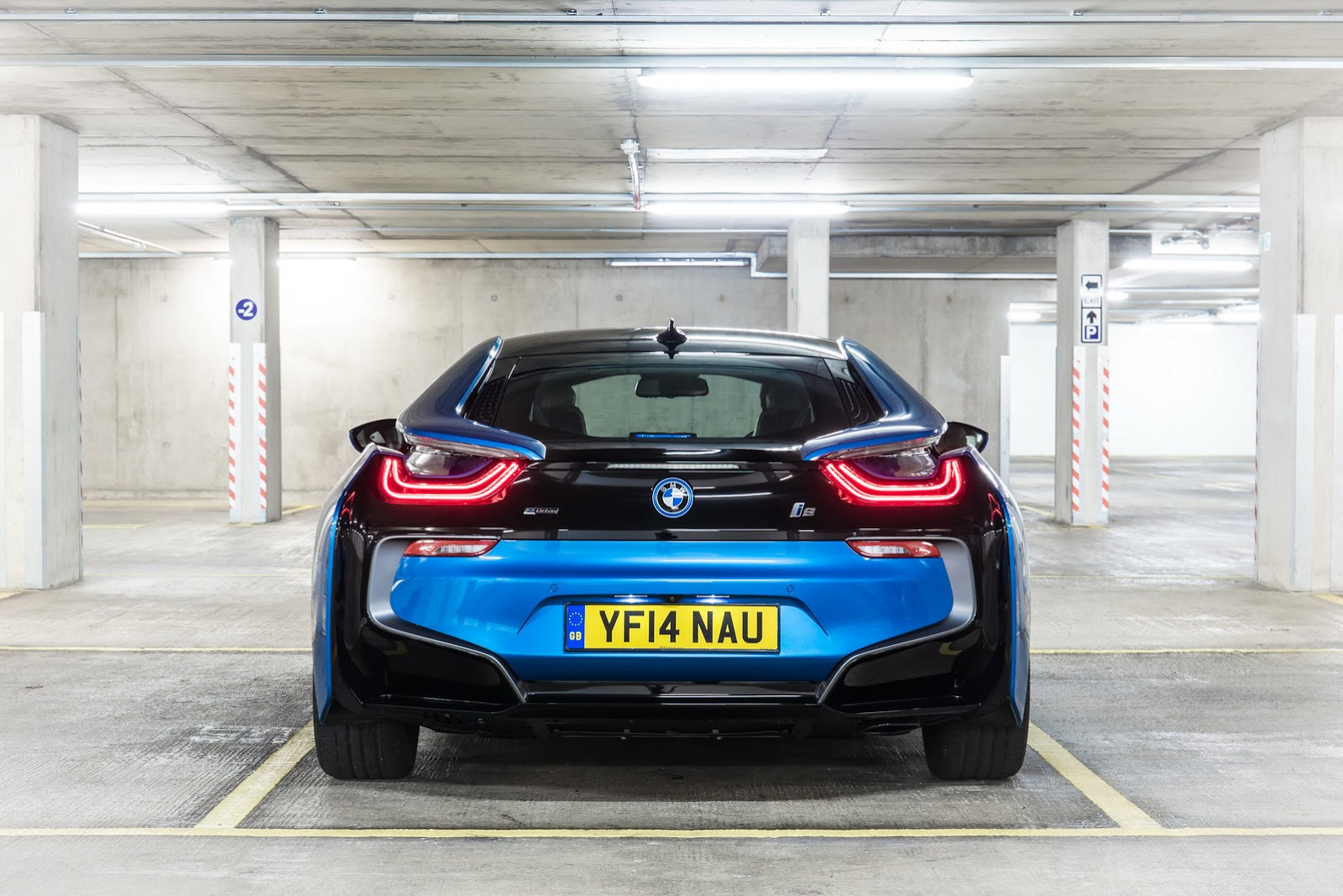 Beautiful Backside of the new BMW i8