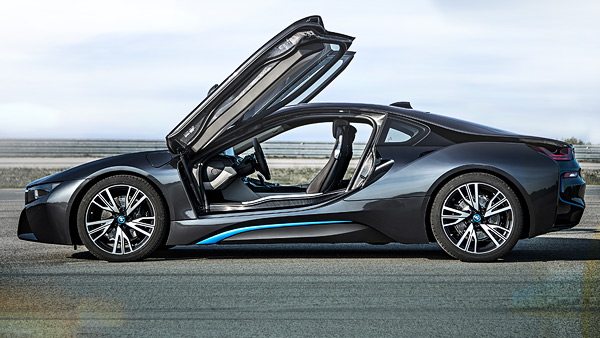 BMW i8 Doors Up - Side View