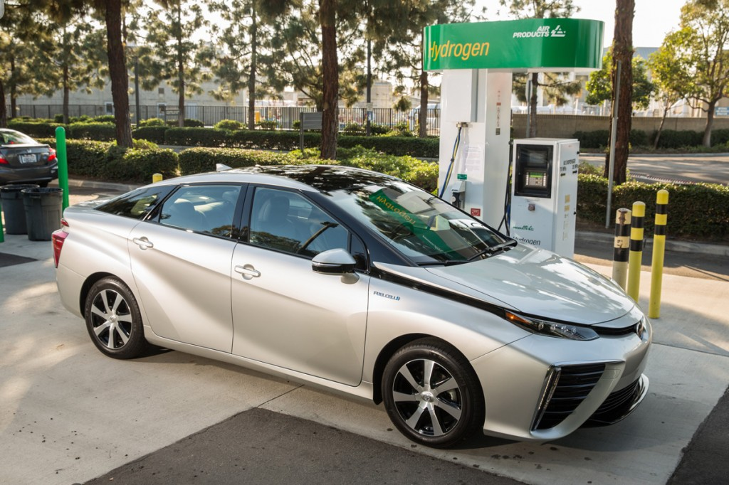 2016 Toyota Mirai At The Hydrogen Station