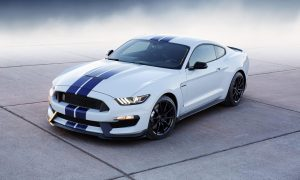 2015 Ford Mustang GT350 front