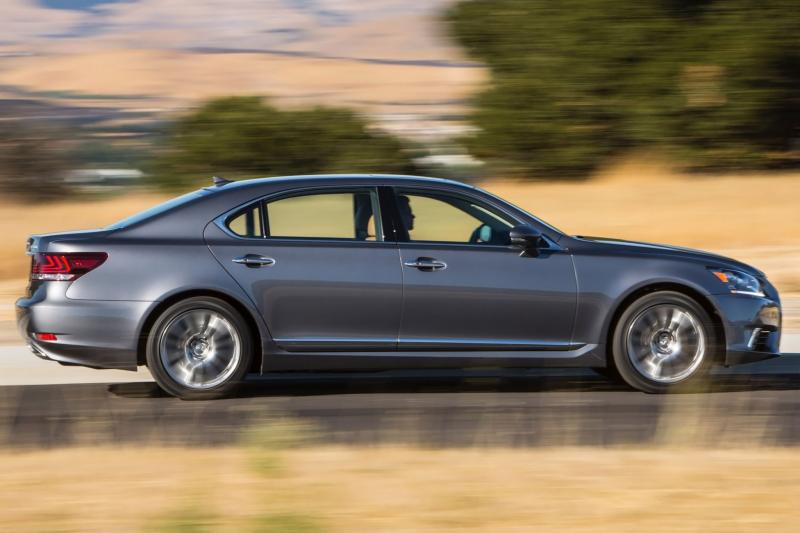 Lexus LS 460 Review 1