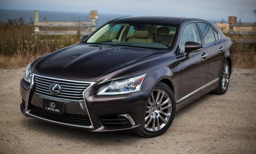 Lexus LS 460 Review 4