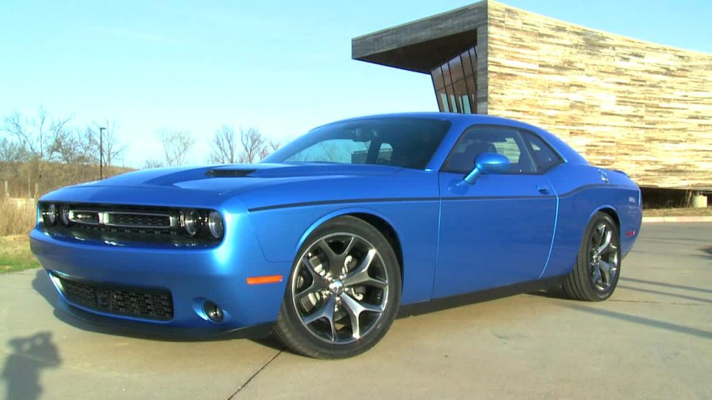 2015 Dodge Challenger SXT Side