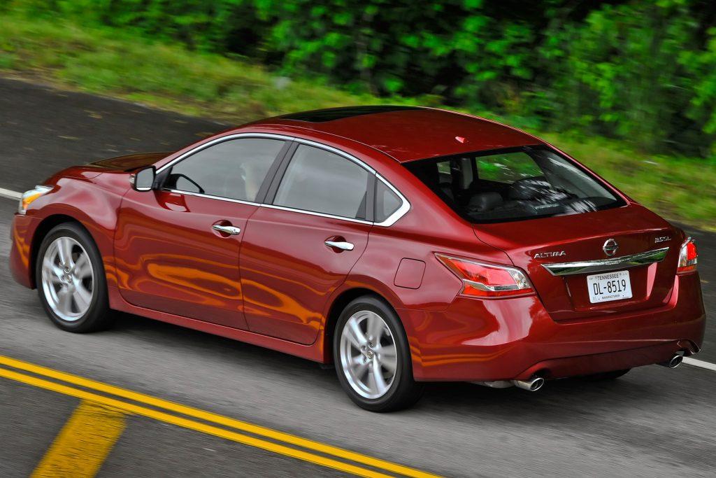 2015 Nissan Altima Back