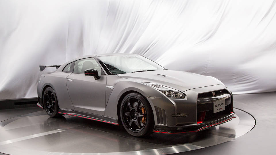 2015 Nissan GT-R 45th Anniversary Edition (Japanese spec) Side