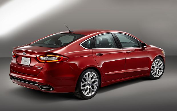 2015 ford fusion Back