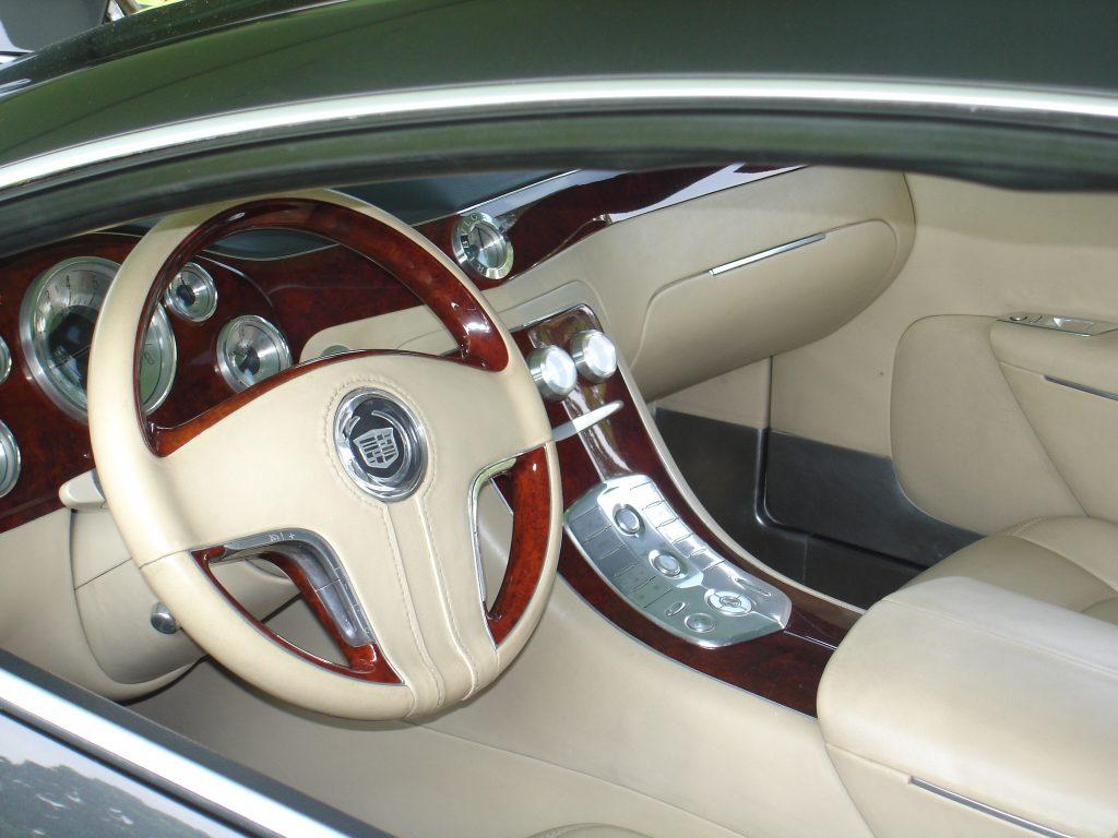 Cadillac Sixteen Interior 1