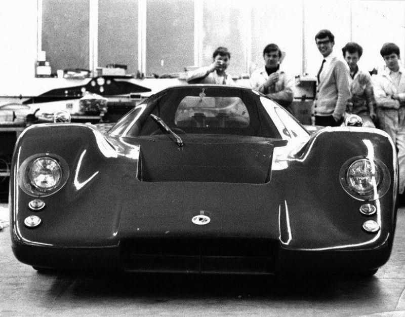 McLaren M6GT 5