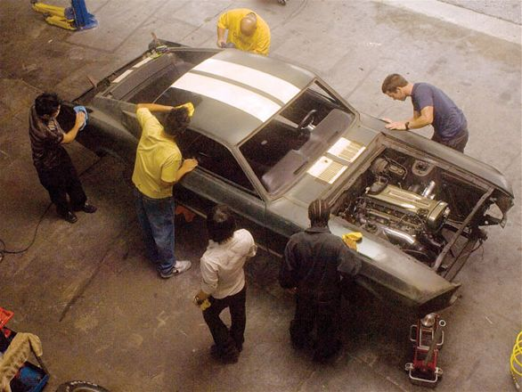 hrdp_0607_fast_15_z_1967_ford_mustang_fastback+construction+top_view