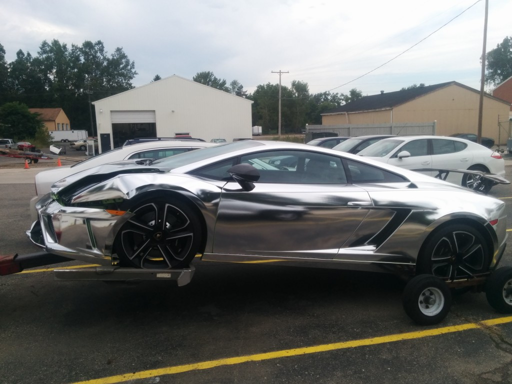 Chrome Lamborghini Crash 2