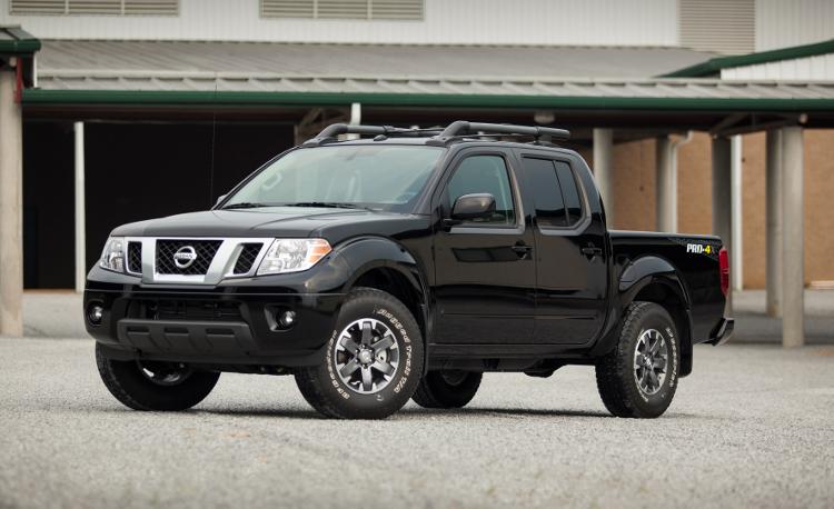 Best Cars Under $20000 - 2015 Nissan Frontier