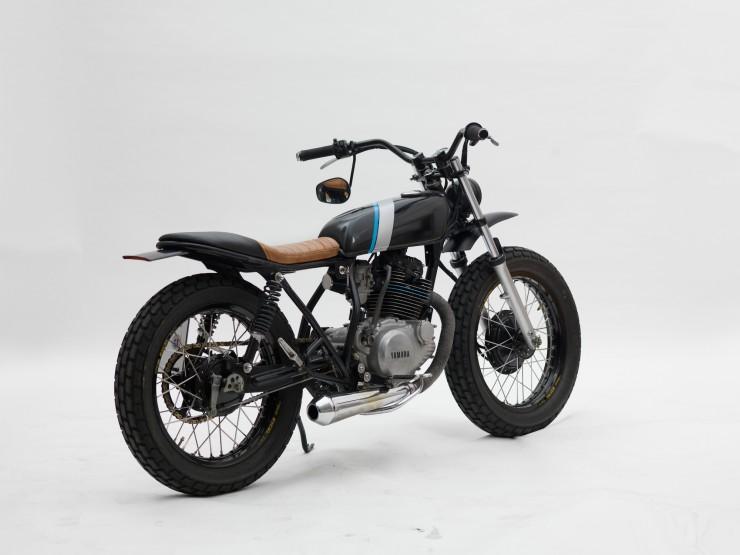 Yamaha SR250 Tracker 1