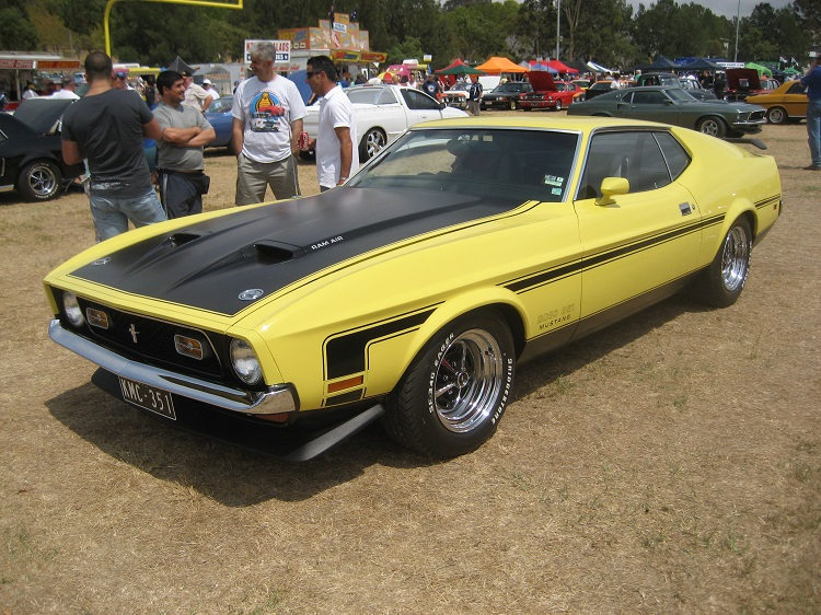 Ford Mustang Boss 351 Photo by: Sicnag