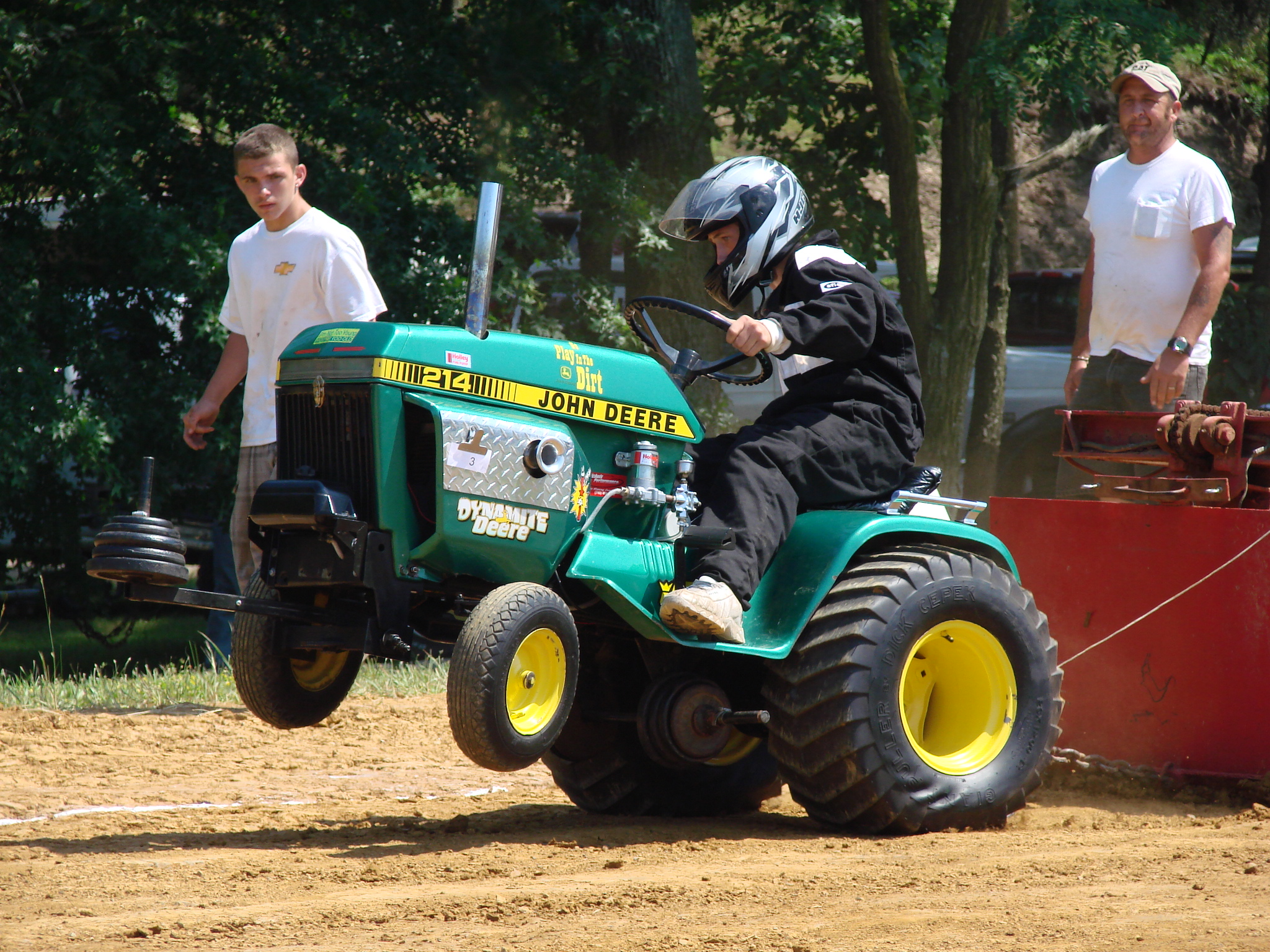 Two Top Garden Tractor Pull 6-27-09 160