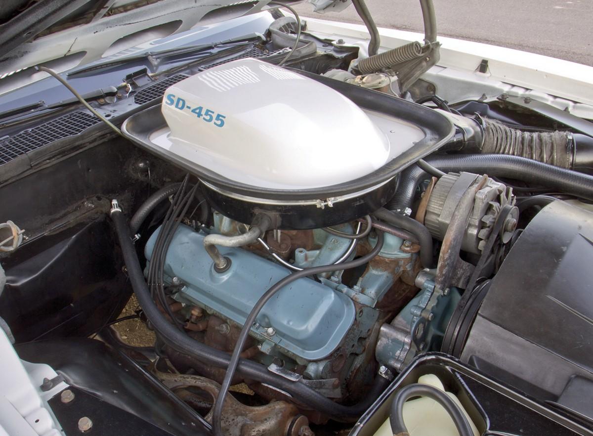 Biggest V8 Engine From Detroit 3