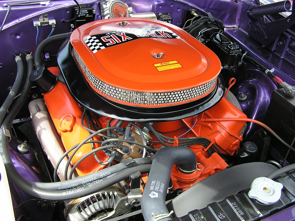 Biggest V8 Engine From Detroit 2