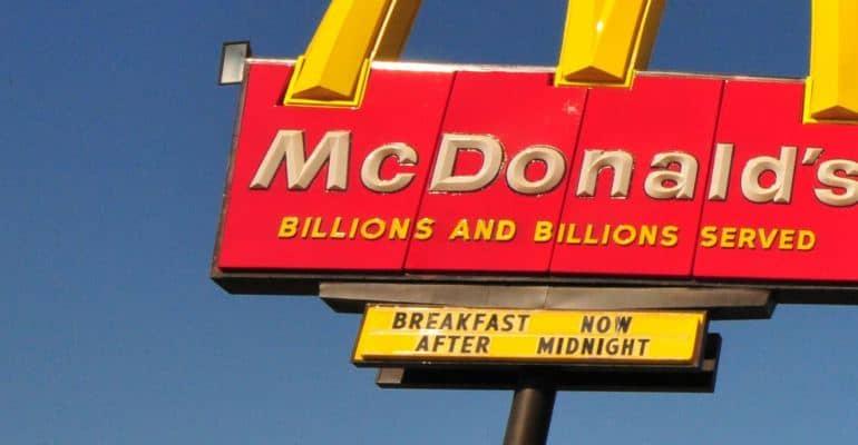 mcdonalds-breakfast-sign