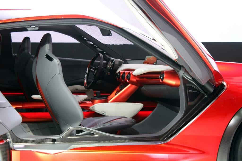 Nissan Gripz Interior