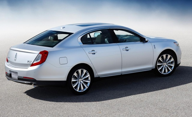 Cars that Depreciate the Most - Lincoln MKS