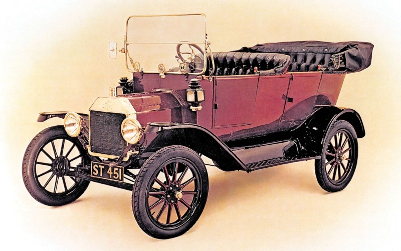 Ford-Model-T-Top-10-Ways-Ford-s-Model-T-Changed-the-World-1908-08G1H274815344AD