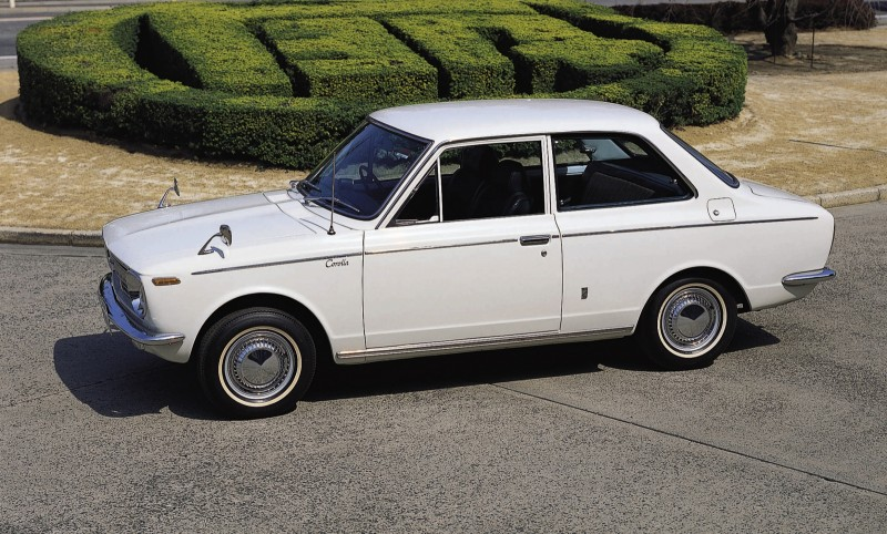 Toyota-Corolla-1966