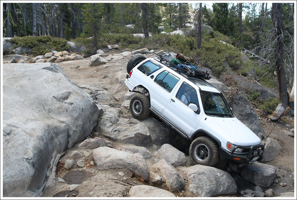 Cheap Off Road Cars - Nissan Pathfinder
