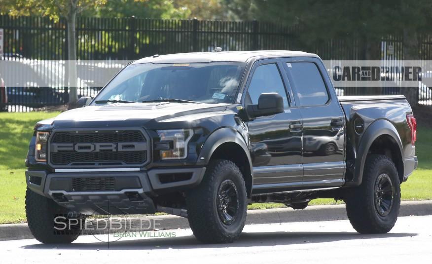 2017-Ford-F-150-Raptor-Spy-Photos-101-876x535