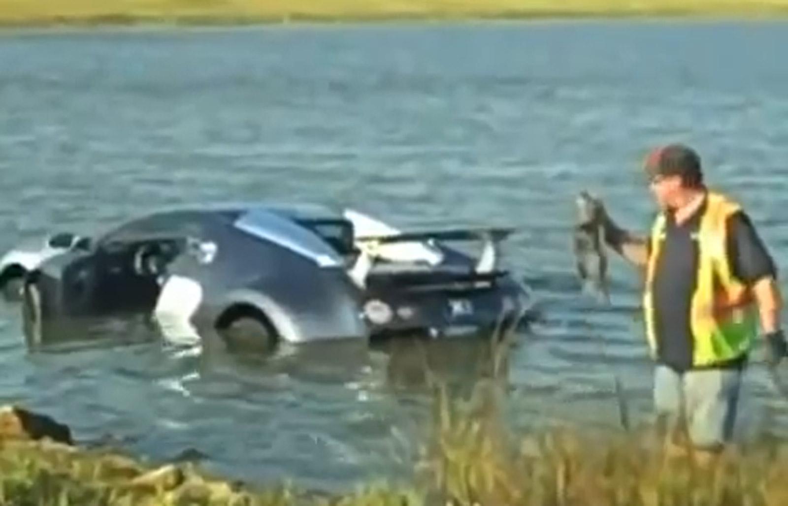 bugatti-veyron-that-crashed-into-a-lake-in-2009_100477841_h