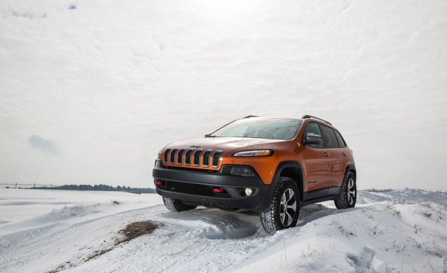 2015-Jeep-Cherokee-Trailhawk-102-876x535