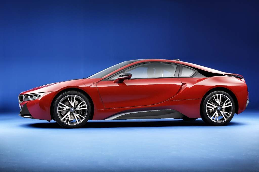 BMW i8 Red Side View