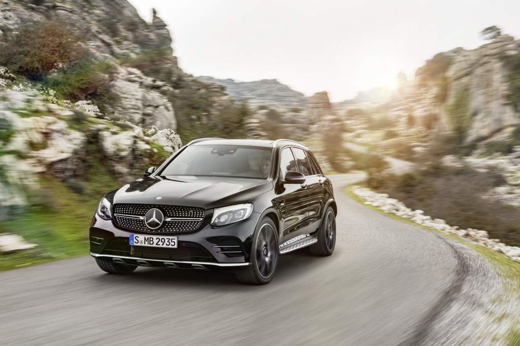 2017-mercedes-amg-glc-43-4matic-01