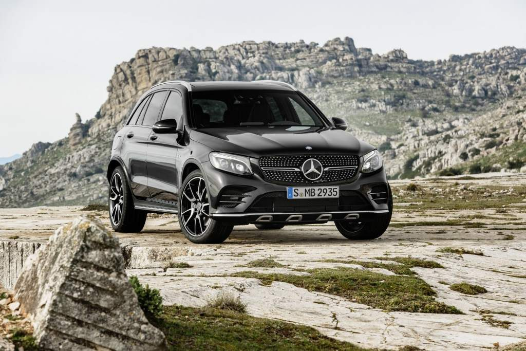 2017-mercedes-amg-glc-43-4matic-02