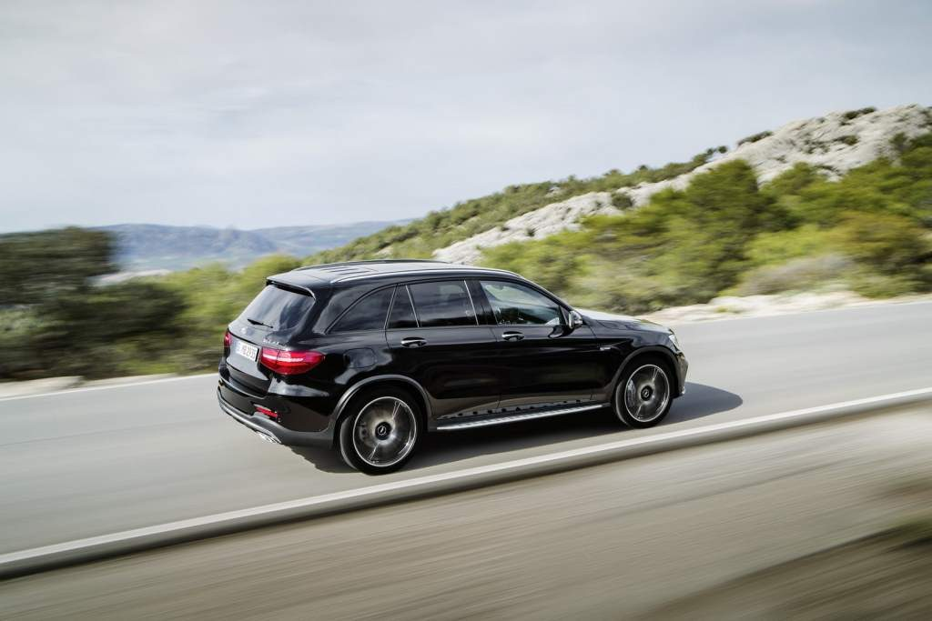2017-mercedes-amg-glc-43-4matic-04