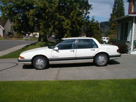 Worst MPG Cars - Pontiac Bonneville