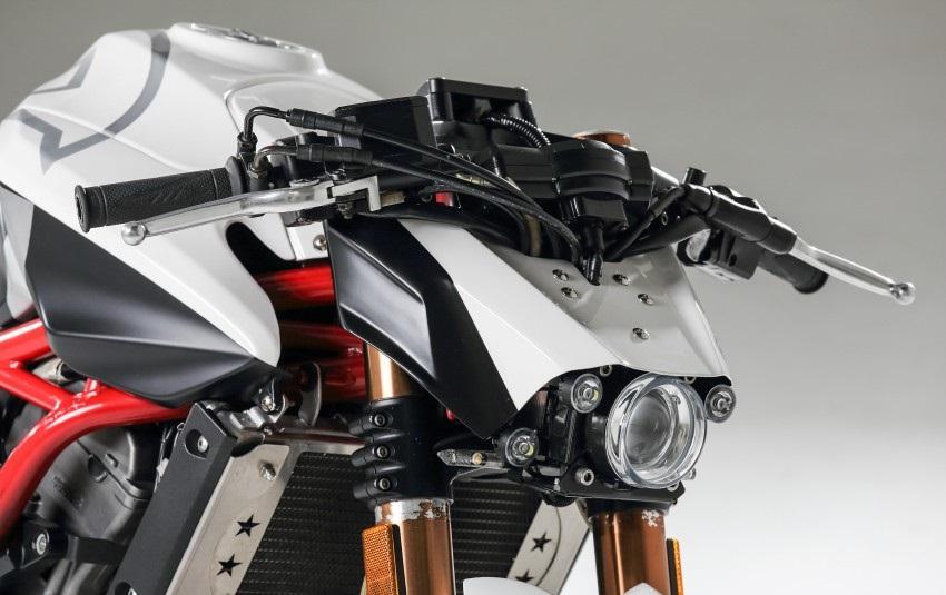 Benelli TNT 600 Modified 6