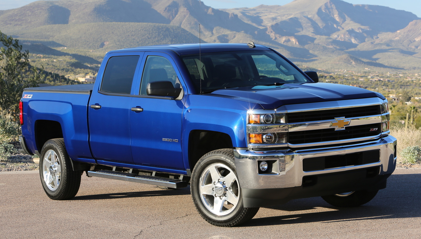 Most Expensive Truck In The World - Chevrolet Silverado 2500 4WD High Country