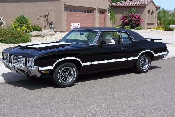 Best Selling American Car Of All Time - Cutlass Supreme