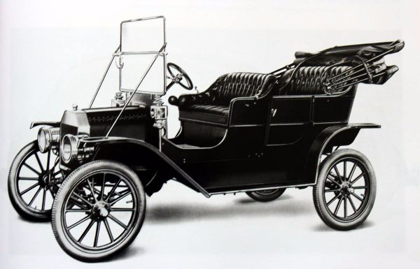 Best Selling American Car Of All Time - Ford Model T