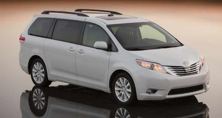 Consumer Reports Best Cars 2016: Toyota Sienna