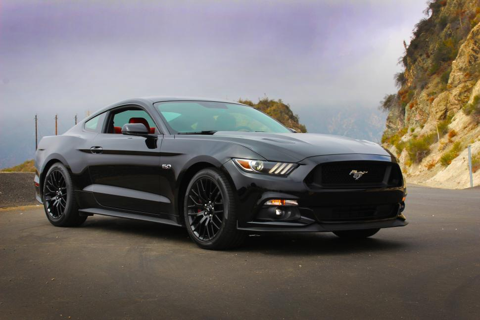 Modern Muscle Cars - 2015 Ford Mustang GT Fastback