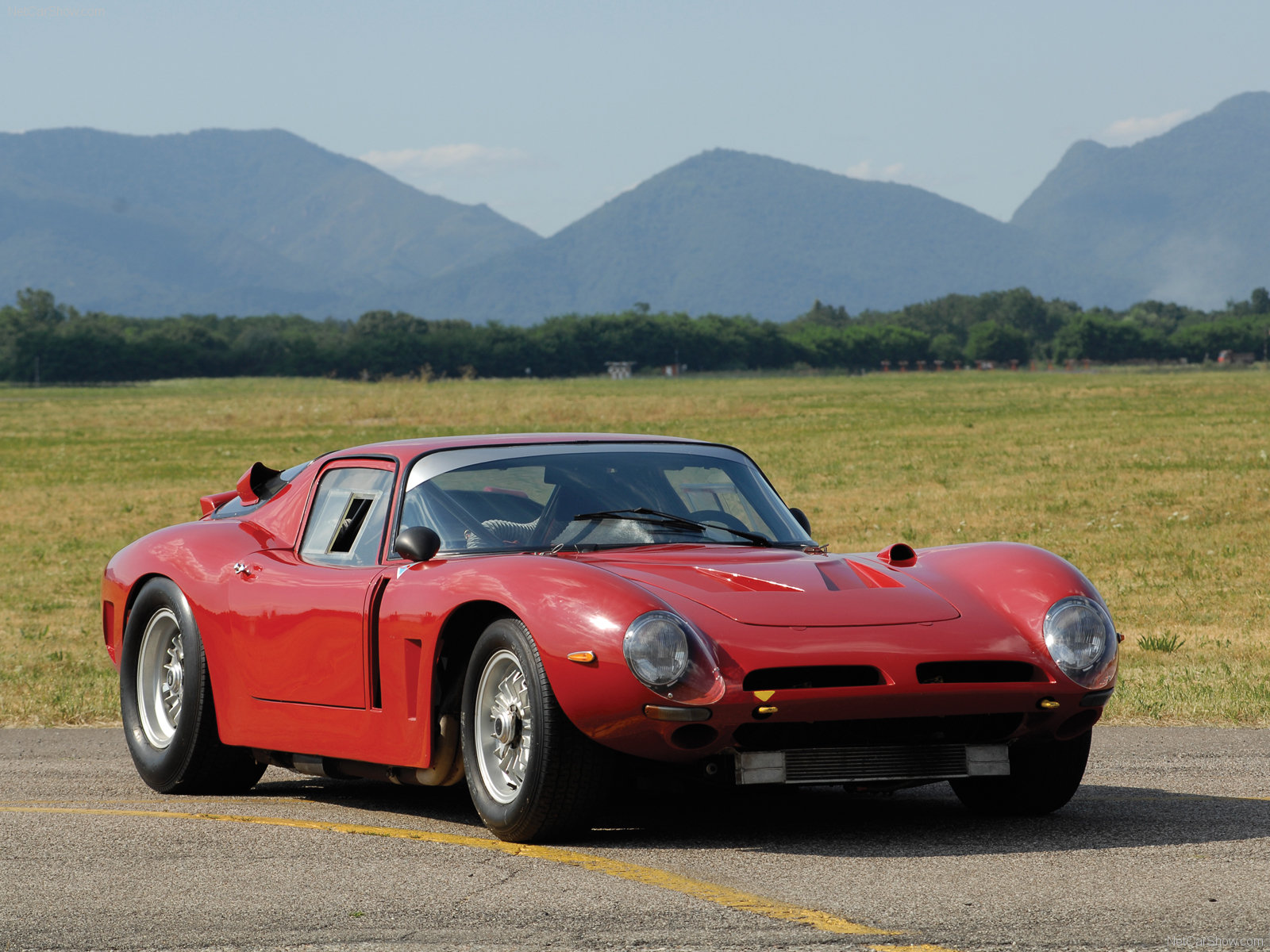 Bizzarrini-GT_America