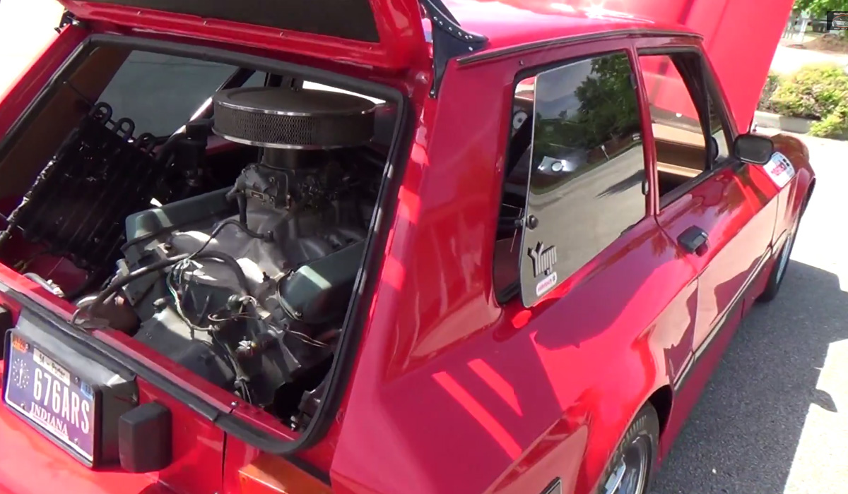 Yugo GV с двигател на Cadillac