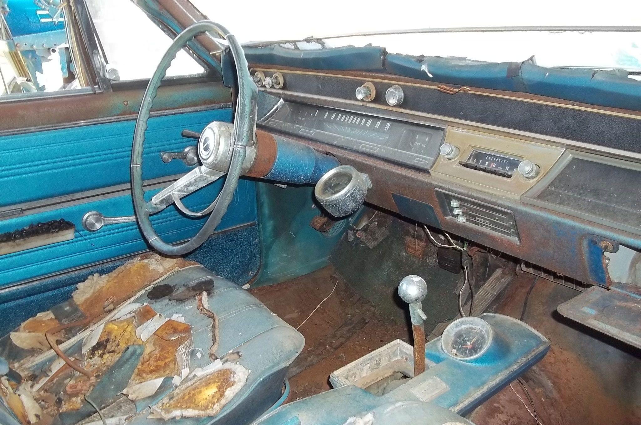 1966-chevrolet-chevelle-interior