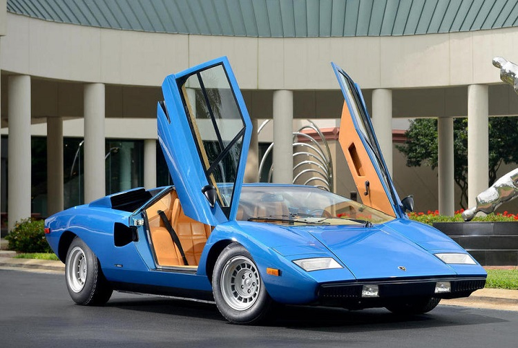 Coolest Car From The Last 50 Years - Lamborghini Countach